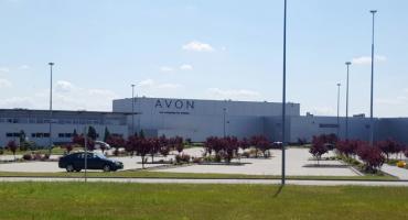 Pracownicy AVON odmówili pracy ponad siły – Solidarnie wyszli do domu