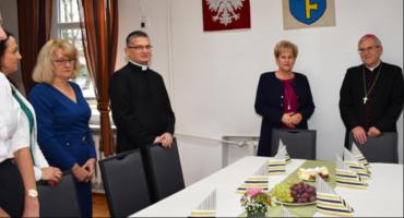 Biskup siedlecki z wizytą w Urzędzie Miasta i Gminy Pilawa