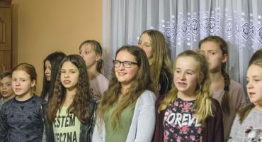 Śpiewają w kościele i poza nim [FILM+GALERIA]