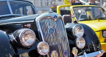 Wystawa pojazdów klasycznych i zabytkowych w Bytowie