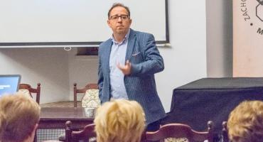 Dr hab. Mariusz Kraska o Oldze Tokarczuk