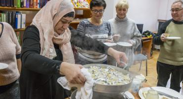 Z życia uchodźcy w Polsce od kuchni. Spotkanie z Khedi Aielvą