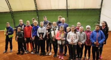 Rozegrano Mikołajkowy Turniej Tenisa Ziemnego