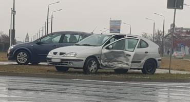 Ponownie kolizja na skrzyżowaniu Niepodległości - Miechowicka