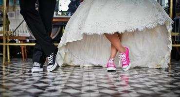 Nietypowe suknie ślubne? Spróbuj się wyróżnić!