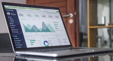 Co zyskujesz porównując pożyczki online?