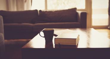 Odpoczywaj w stylowym i wygodnym salonie