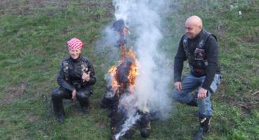 Motocykliści spalili Marzannę