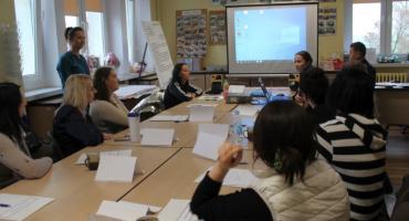 O zagrożeniu handlu ludźmi na spotkaniu w Powiatowym Urzędzie Pracy