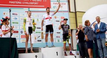 Podwójny mistrz Polski mastersów w kolarstwie