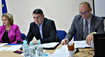 Pensja, diety i podatki w gminie Dzierzążnia