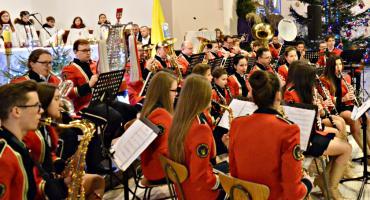 Noworoczny koncert kolęd i pastorałek ze zbiórką dla Elwiry
