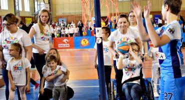 Sportowe święto przedszkolaków - filmik i zdjęcia z I tury Przedszkoliady