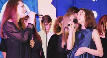 Ostatki z piosenką - śpiewają lokalne talenty - Adela Malon i Matylda Łukasiewicz