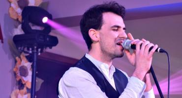 Koncert w Nowym Mieście - śpiewa Łukasz Szostek