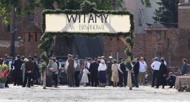 """Czy to dzisiaj w serialu """"Stulecie Winnych"""" sceny kręcone w Czerwińsku?"""