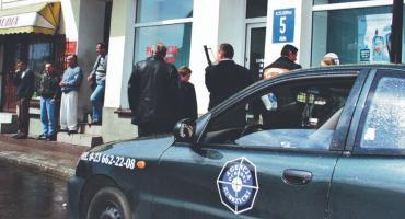 Napad z bronią w biały dzień z kwietnia 2001 roku