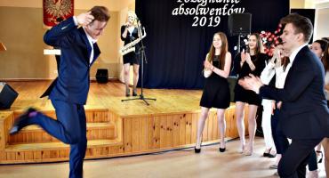 Tak się bawi, tak się bawi LO Płońsk - filmowa pigułka z pożegnania maturzystów