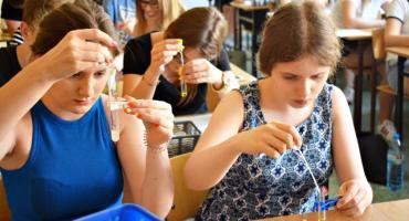 Młodzi chemicy z Płockiej