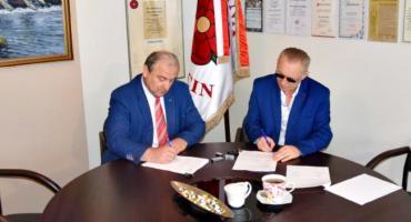 Umowę na drogę w Drożdżynie podpisali