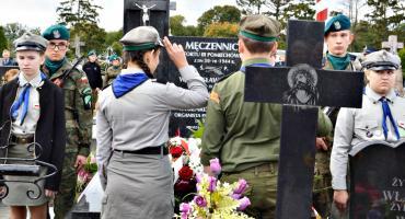 Oddali hołd ofiarom niemieckiego terroru - poświęcenie odrestaurowanej mogiły w Chociszewie