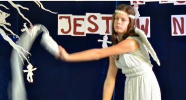 Bo radość jest w nich - na scenie Anna Szpejna w tańcu anioła