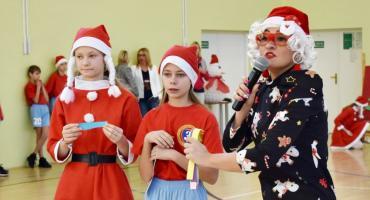 Mikołajki w sportowo-świątecznej atmosferze w płońskiej trójce