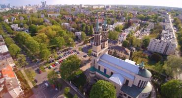 Kościół Św. Stanisława Kostki na Żoliborzu z lotu drona 4K