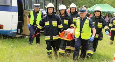 Służby ratunkowe ćwiczyły podczas manewrów w Czerwonym Borze