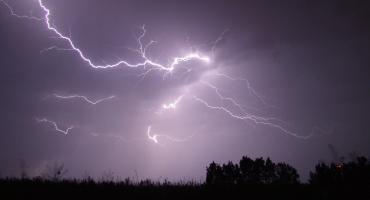 Synoptycy ostrzegają - mogą być burze z gradem