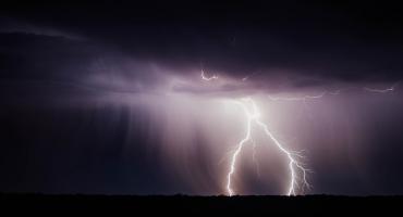 Czekają nas burze i intensywne opady deszczu