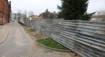 """Interpelacje radnych: Waldemar Gniazdowski ws. wstrzymania inwestycji za """"podkową"""""""