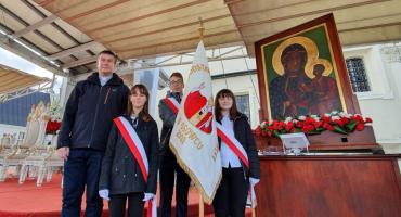 Uczniowie z Osowca uczestniczyli w pielgrzymce Rodziny Szkół im. Jana Pawła II na Jasną Górę