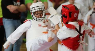 Karatecy świętowali odzyskanie niepodległości [foto]