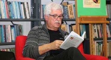 Maciej Szczepański gościł w zambrowskiej MBP [foto]