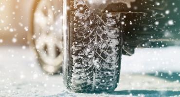 Jak powinieneś zadbać o opony swojego auta zimą?