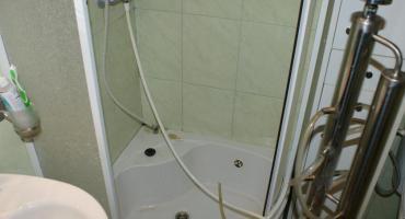 Do czego może służyć kabina prysznicowa?