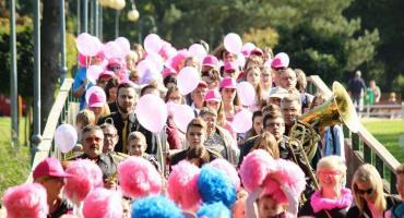 Marsz Różowej wstążki w Złotowie - razem przeciw rakowi piersi