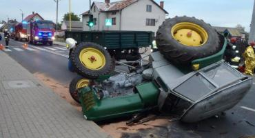 Kolizja ciągnika z autem osobowym w Klukowie