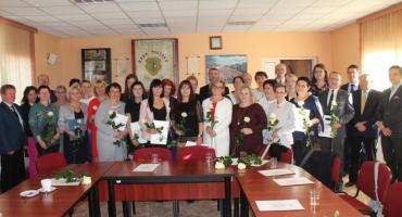 Nagrody dla dyrektorów i nauczycieli