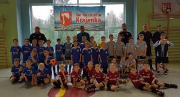 Żaki z Iskry Krajenka w finale halowych mistrzostw OZPN Piła