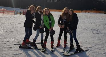 Lekcje WF-u na śniegu
