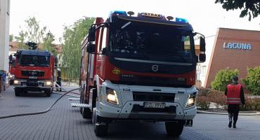 Strażacy ćwiczyli na obiekcie pływalni Laguna