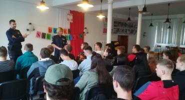 Policjanci spotkali się z uczniami CKZiU w Jastrowiu