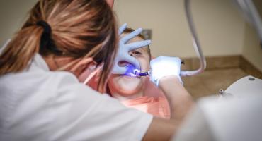 Dentysty bronić jak niepodległości