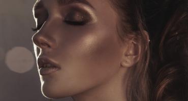 Makijażowe trendy na sylwestra 2019/2020