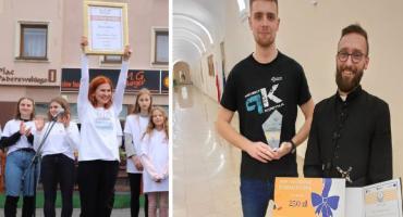 Projekt Kostka i Fundacja Złotowianka na Gali Konkursu Działania Godne Uwagi