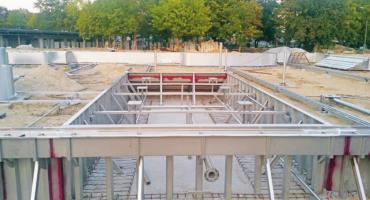 Trwa budowa basenu, miasto przekazało ponad 2 miliony złotych