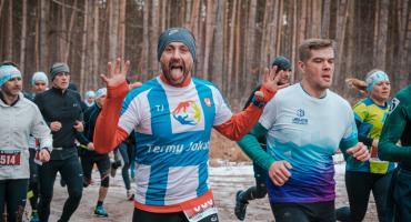 Bartosz Roskosz wygrywa w Miłoszycach. GALERIA