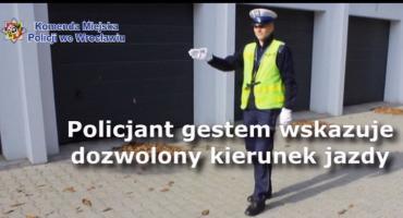 Wiesz jak się zachować, gdy ruchem kieruje policjant?
